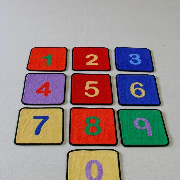 play-rug-squares